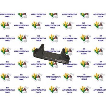 Накладка КамАЗ вушка пер.ресори (пр-во КамАЗ) 5320-2902128-10